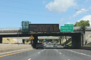 Department of Transportation | HDOT launches new travel time messages to help drivers choose the faster route