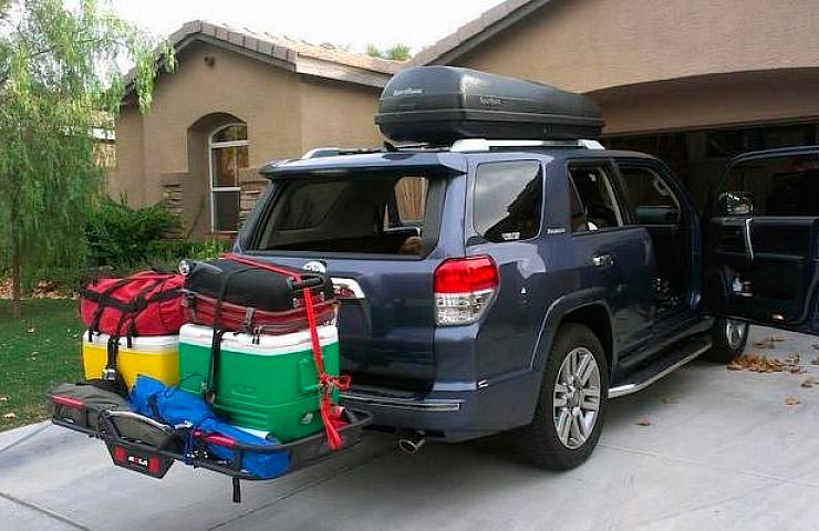 car-roof-box-or-hitch-cargo-carrier-which-one-to-choose
