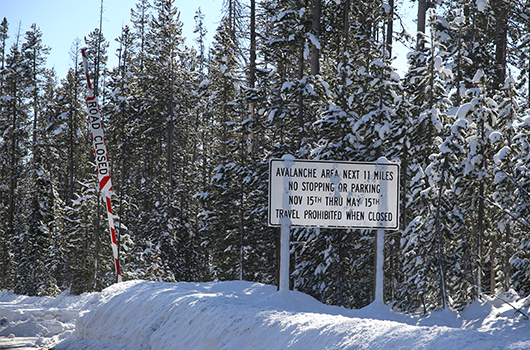 highway sign for avalanche risk